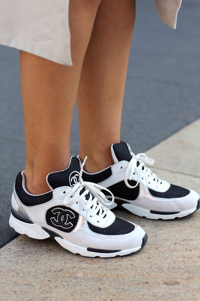 Chanel Shoes : Kickin it