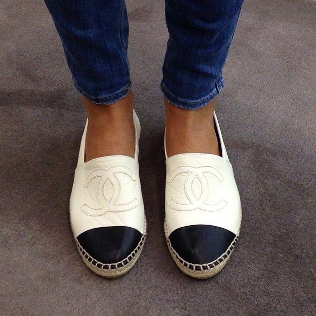 c9ae97b7d1b76e2ef7db4e7458ef5459--chanel-espadrilles-chanel-flats Chanel Shoes : Ĉhanel Êspâdrílles