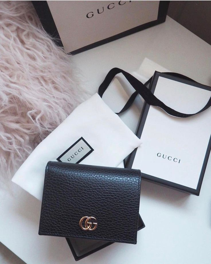 f353847343b3154b1a80726d1d003a68--luxury-items-luxury-bags Collection Gucci Chaussures & Sacs : tyffiii •. •. Suivez-moi sur IG chez stef.s_style pour la mode et la vie quotidienne ...