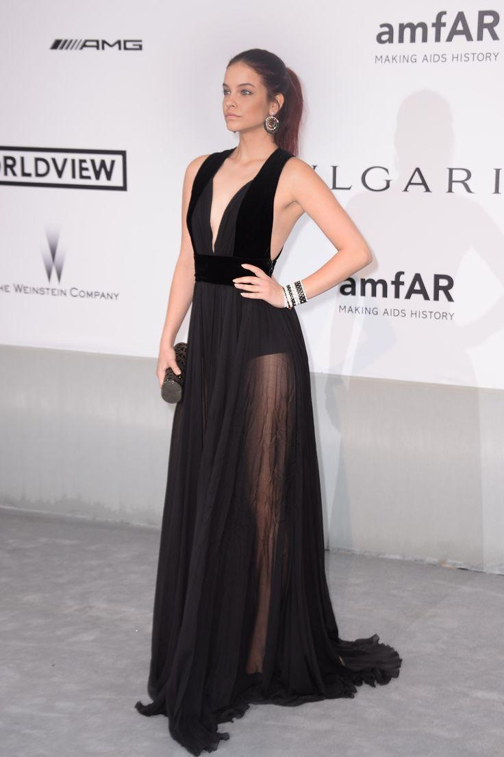 4a6368776c485d4f58d056064345f0e6--black-gowns-barbara-palvin-dress Elie Saab - Collection Tapis Rouge  : Barbara Palvin porte le prêt-à-porter ELIE SAAB Automne Hiver 2014-15 à l'amfAR Ci ...