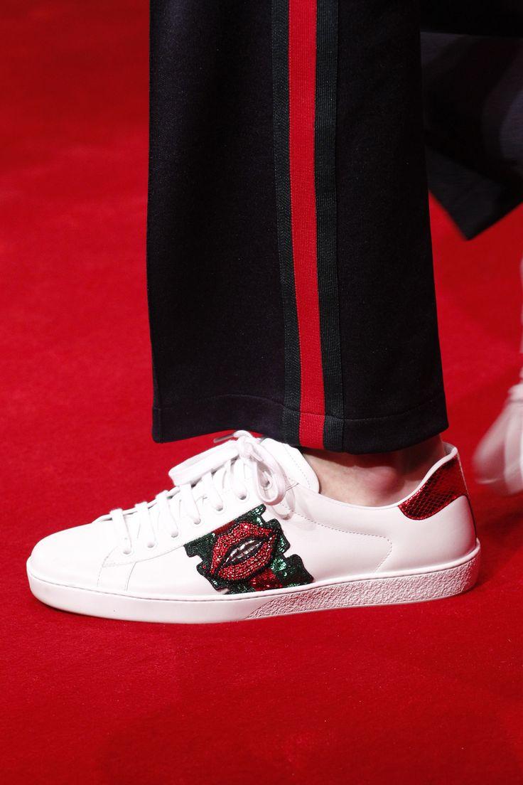 b9f9056df0681b47d3754258a7d12e05--gucci-sneakers-bona Gucci Chaussures  : Gucci Automne 2016 Mode Homme Montrez les détails