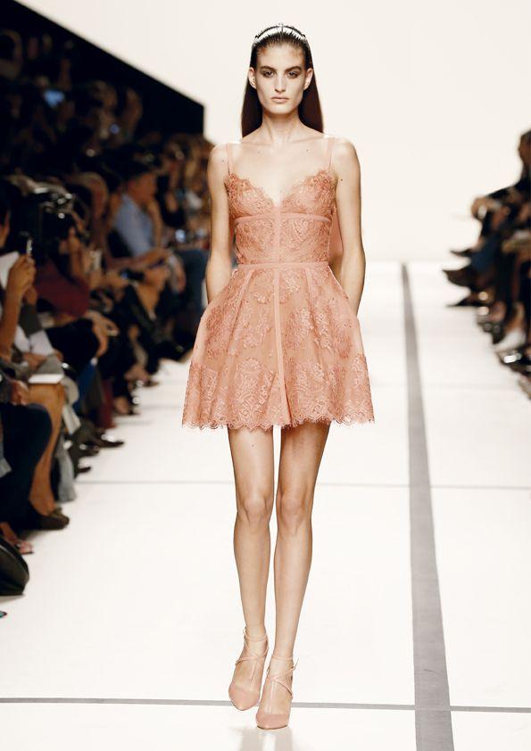 f09badfe348ba155782c2b7112e74e1c--nice-dresses-short-dresses Elie Saab - Prêt-à-porter : ELIE SAAB Prêt-à-porter Printemps Eté 2014