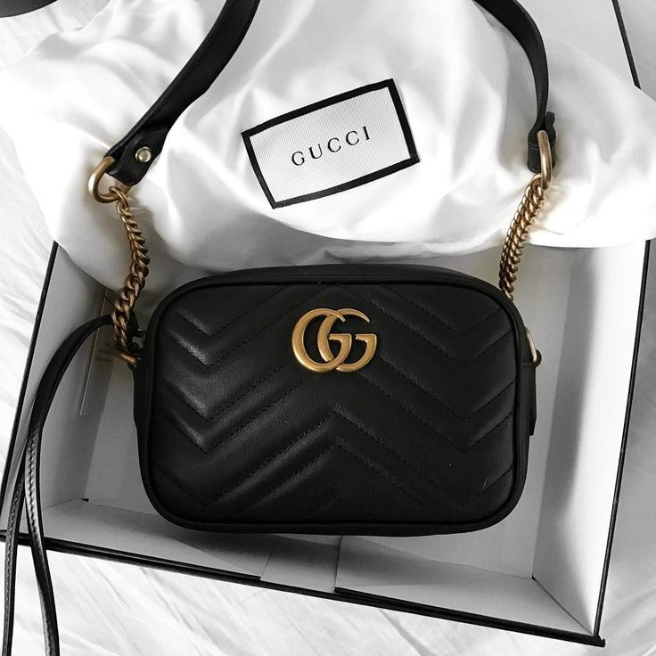 745c90a48d189daea359c4bbc1e09fb0 Collection Gucci Chaussures & Sacs : ACESSÓRIO | Bolsa pequena preta, transversale