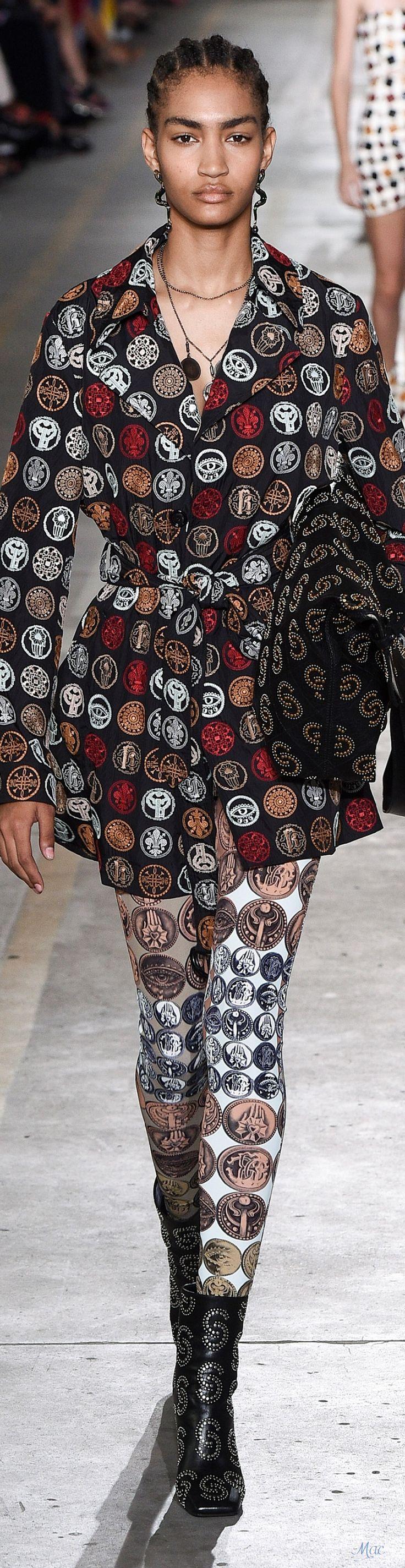 7c4990f0f94b09ae7e0aa30bb9aae771 Roberto Cavalli Couture  : Printemps 2019 RTW Roberto Cavalli