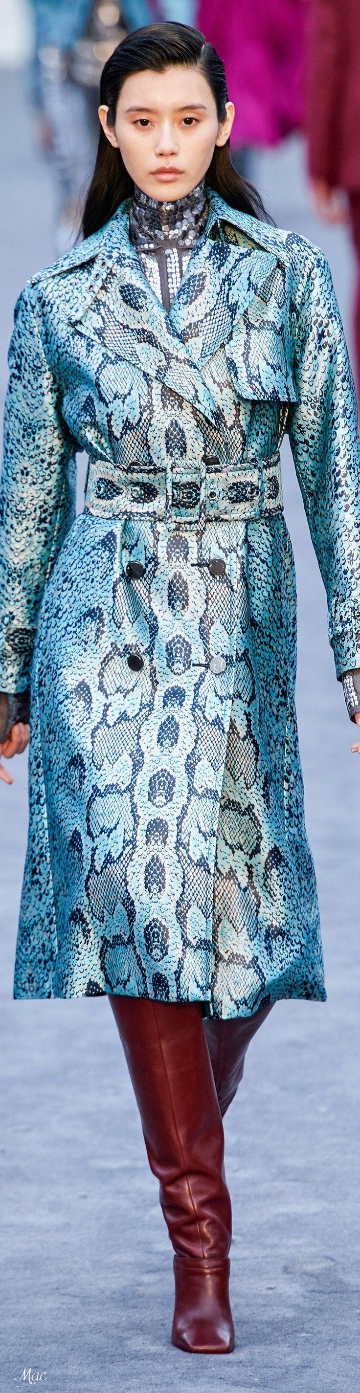 a579fa21f150e91402148d230d3a2ccc Roberto Cavalli Couture  : Automne 2019 RTW Roberto Cavalli