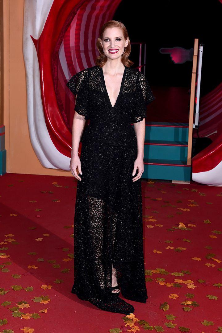 d10fae042d41bfb8321c20784dfb41c3 Elie Saab - Collection Tapis Rouge  : Jessica Chastain dans le Prêt-à-Porter ELIE SAAB Automne-Hiver 2019-20 à l'Eur ...