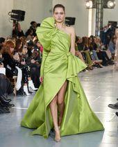 9ce2c92e6a2b2f27744a6d0033b61e1c Elie Saab - Haute Couture  : ELIE SAAB Haute Couture Printemps Été 2020