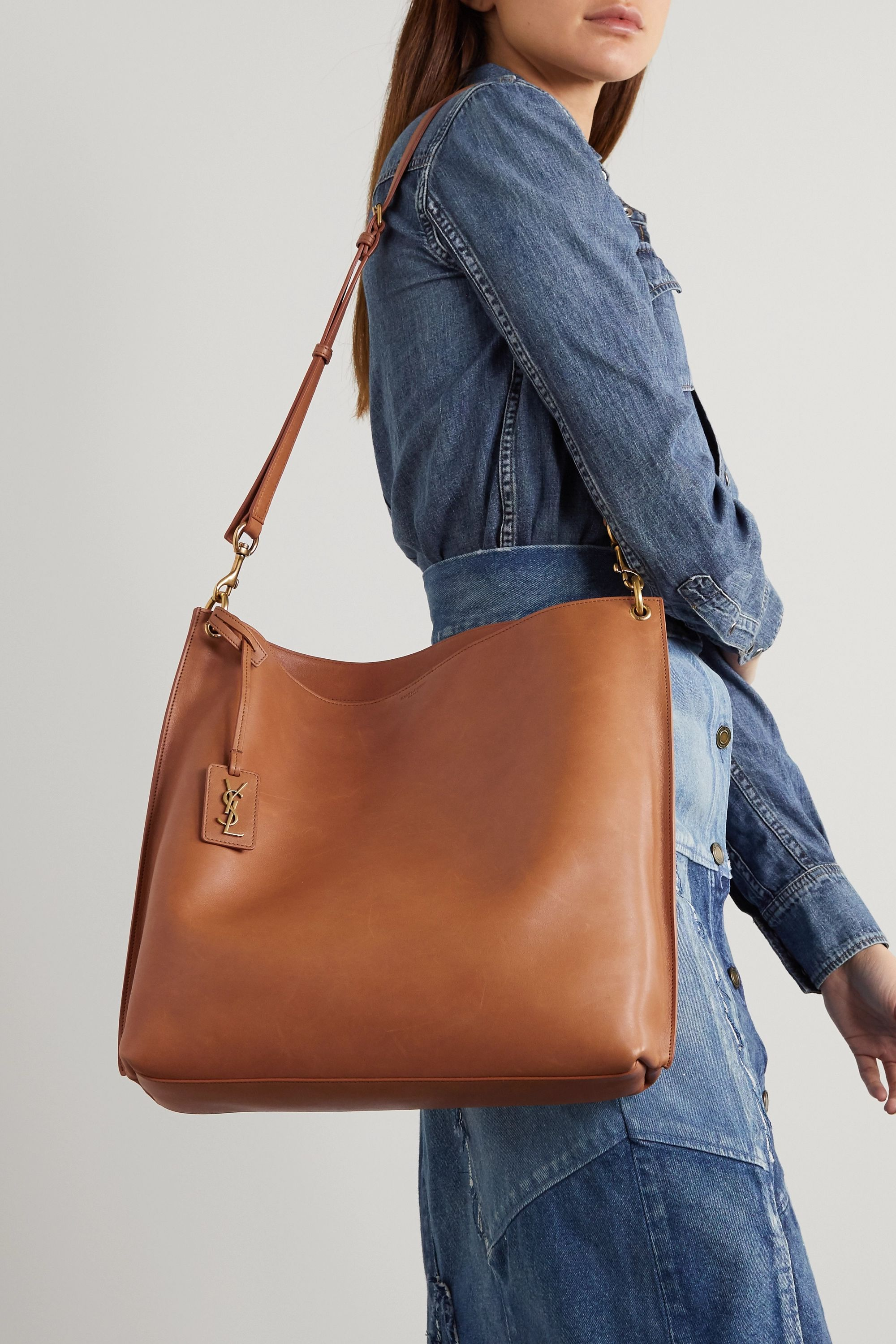 b723837e21e65c558708c90047708afd Yves Saint Laurent bag : Tag leather tote